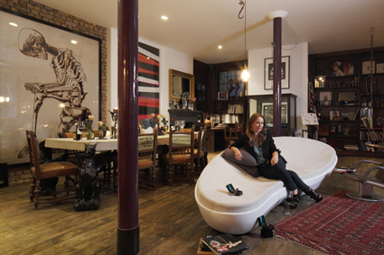 A Salon to Amuse