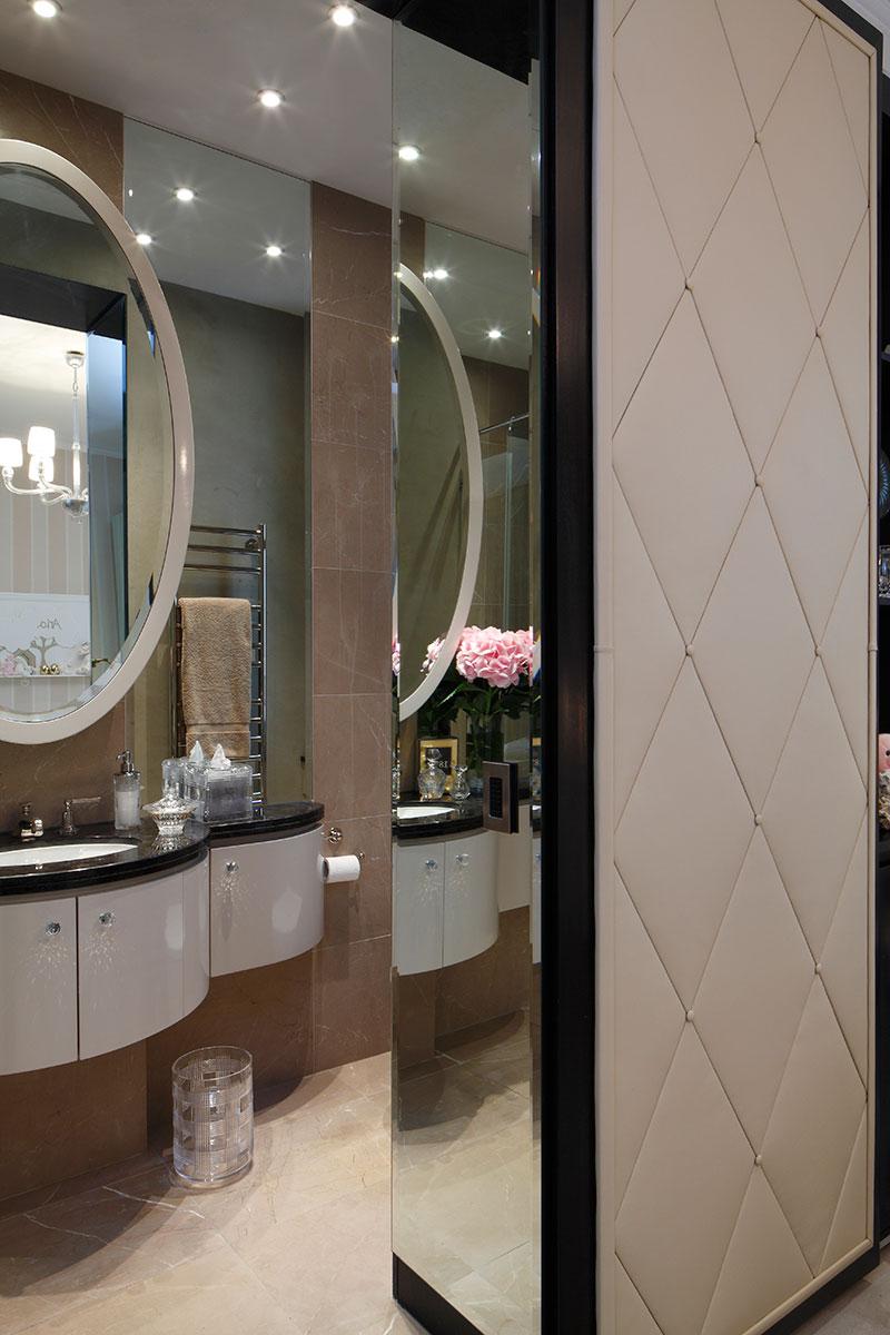 Bathroom by Casa Forma